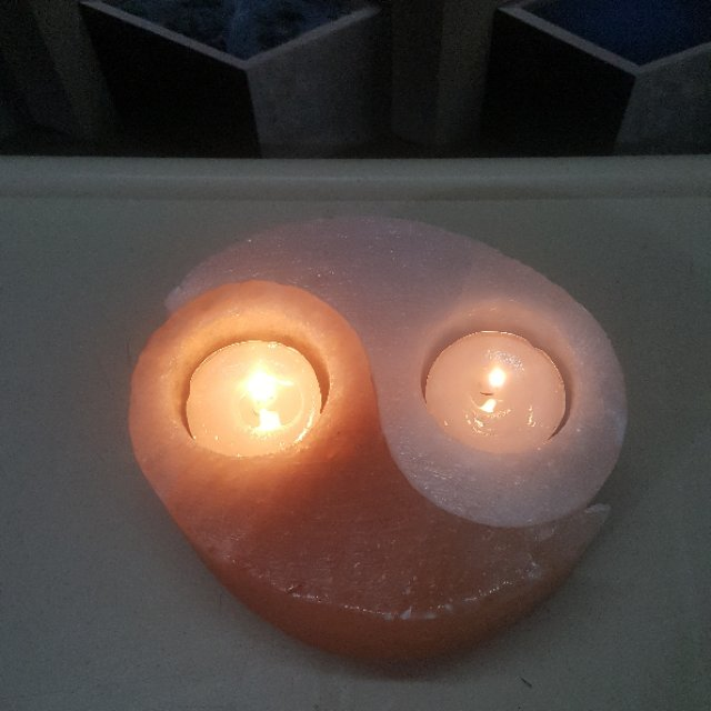 himalayan yin yang  candle holder (pink+white)