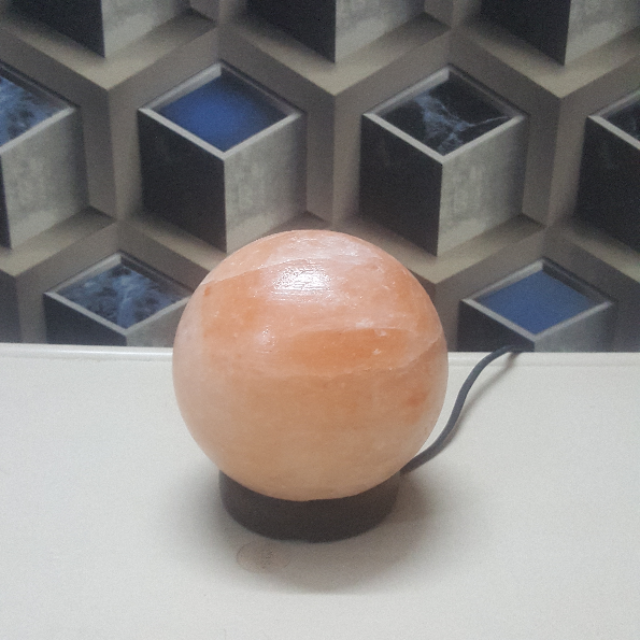 himalayan ball lamp