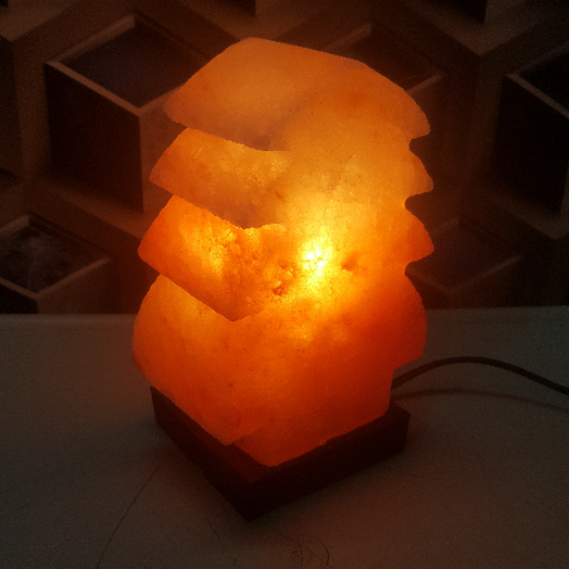 himalayan christmas tree lamp with light
