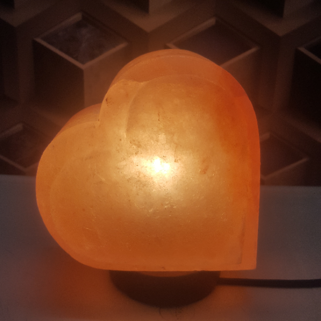 himalayan heart lamp  ( double shade ) with light