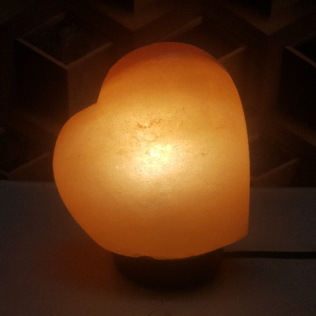 himalayan heart lamp rounded with light