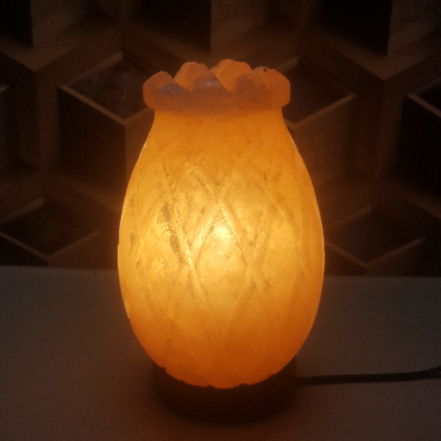 himalayan pine apple lamp with light