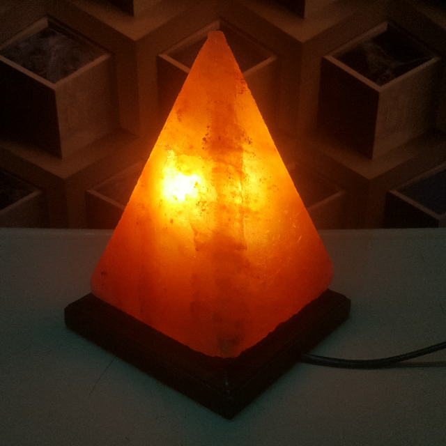 himalayan pyramid lamp with light