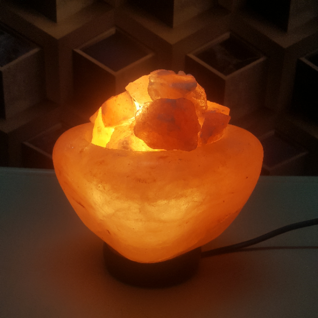 himalayan riverstone bowl lamp with light