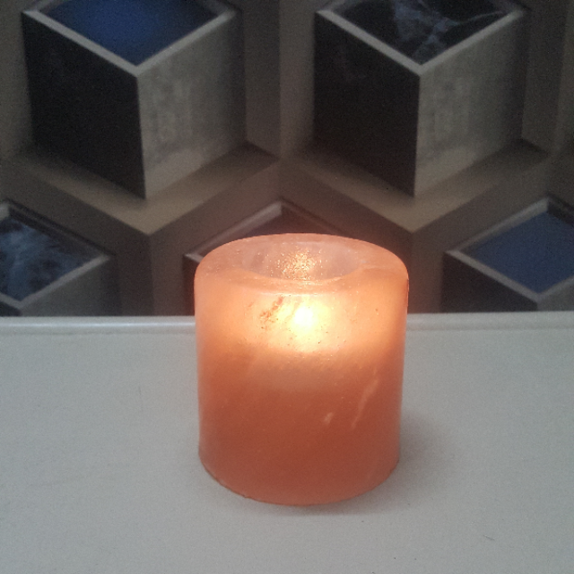 himalayan cylinder candle holder with light