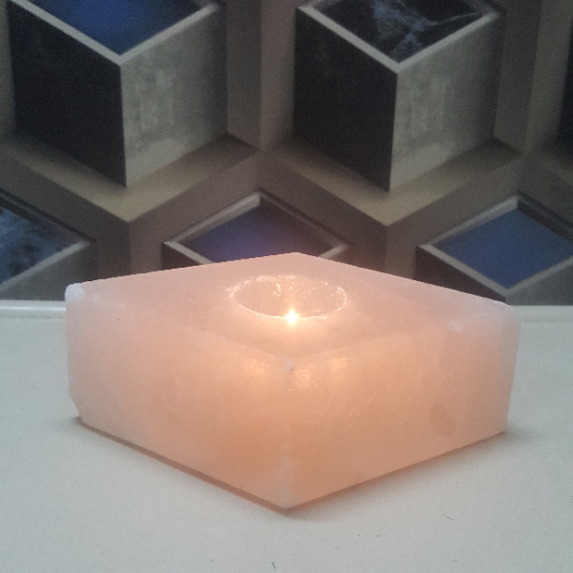 himalayan hexagon candle holder with light
