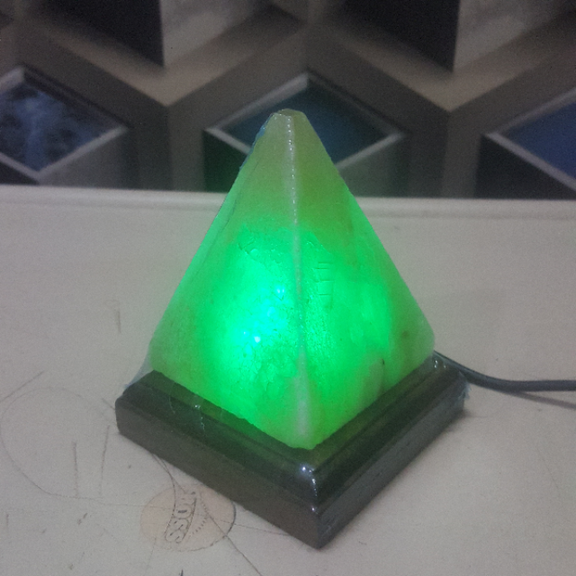 himalayan usb pyramid lamp (white) with light